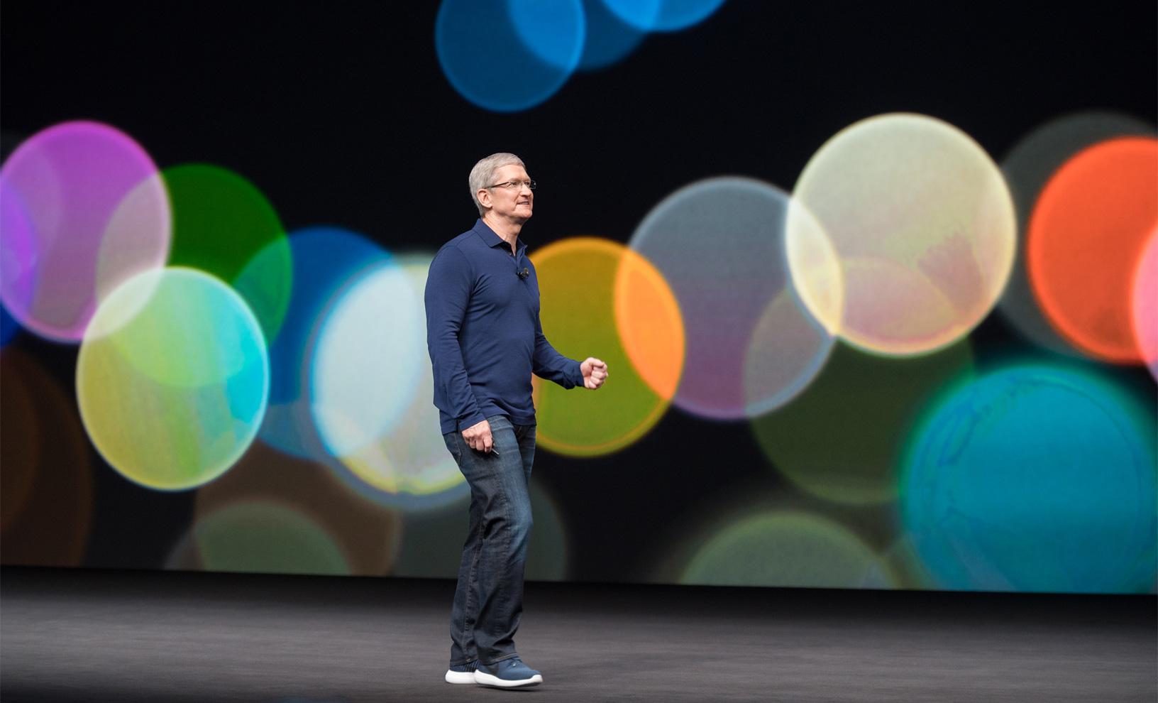 新型iPhone、名前は「iPhone Xs」?処理性能とカメラ改善に注力か