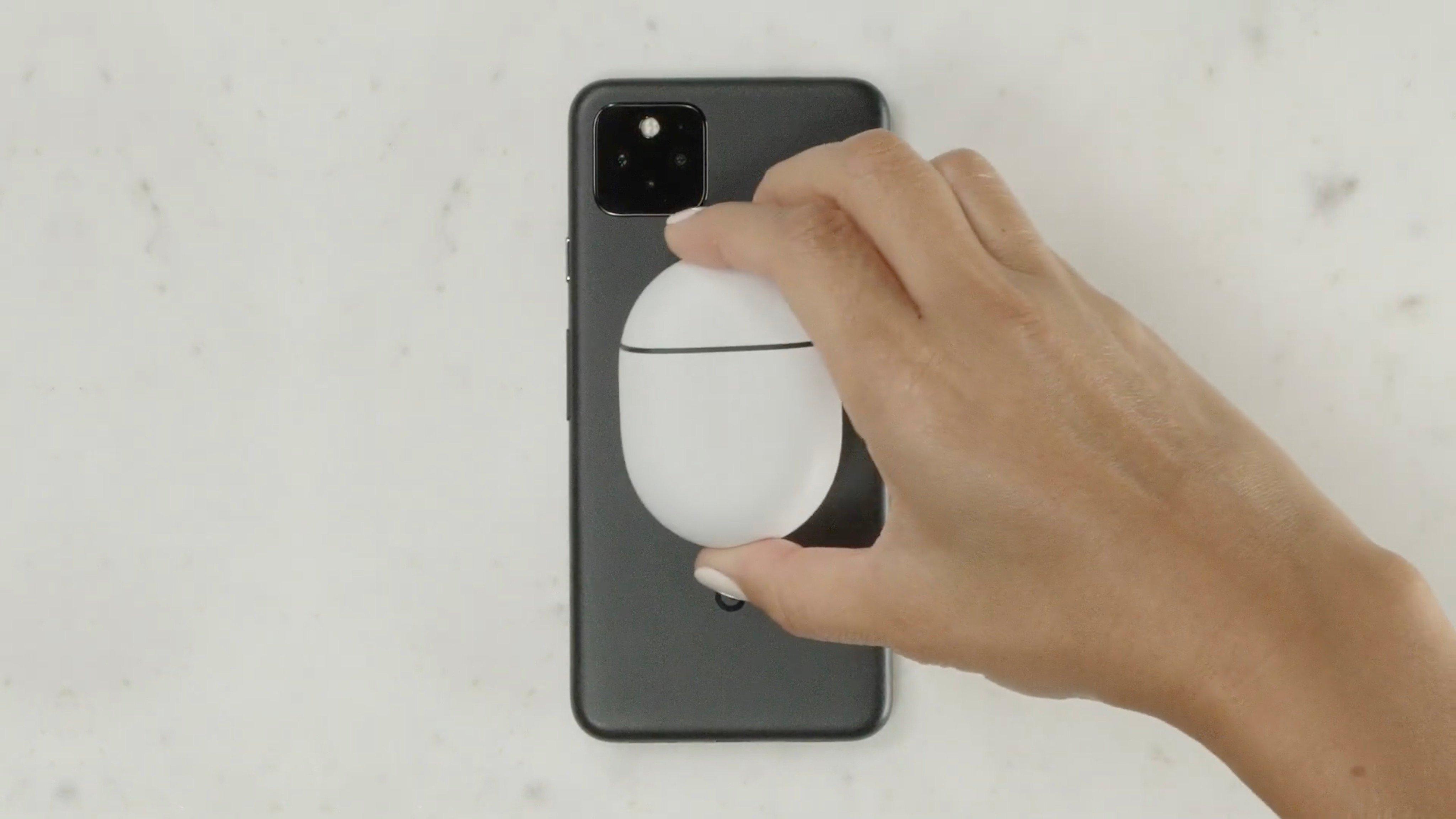 Pixel 5、充電時はバッテリーシェアが自動でオンに