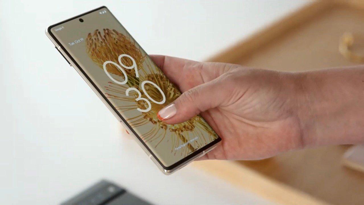 Pixel 6のディスプレイ指紋認証は「遅い」と多数の評価。顔認証非対応の謎も