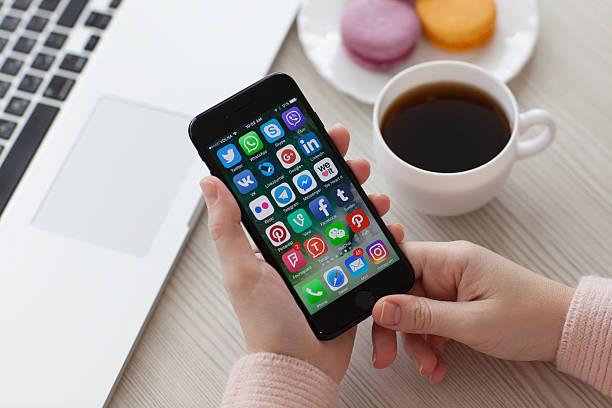 中高生が最も信頼するメディアはテレビ。SNSやニュースアプリに大差