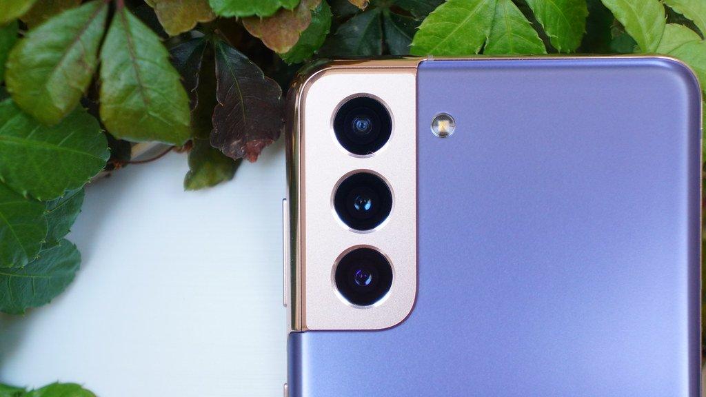 噂:サムスン、Galaxy S22 Ultraにオリンパスとのコラボカメラ搭載か