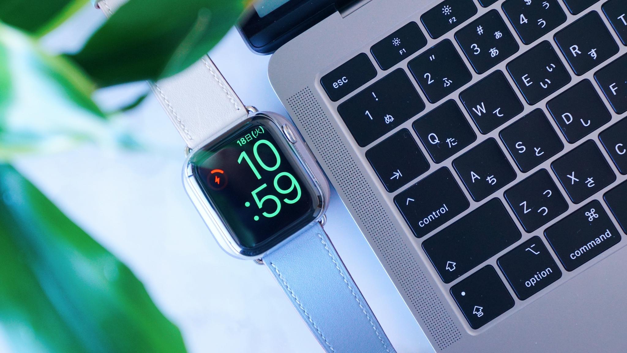 iPad/MacBookと相性バツグン。USB-CxApple Watch充電ドックレビュー