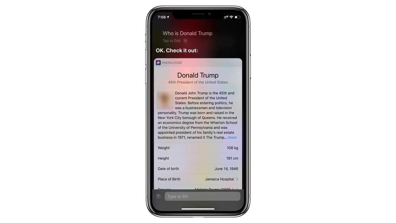 Siriに「ドナルド・トランプは誰?」と聞くと男性器の写真が表示されるバグ