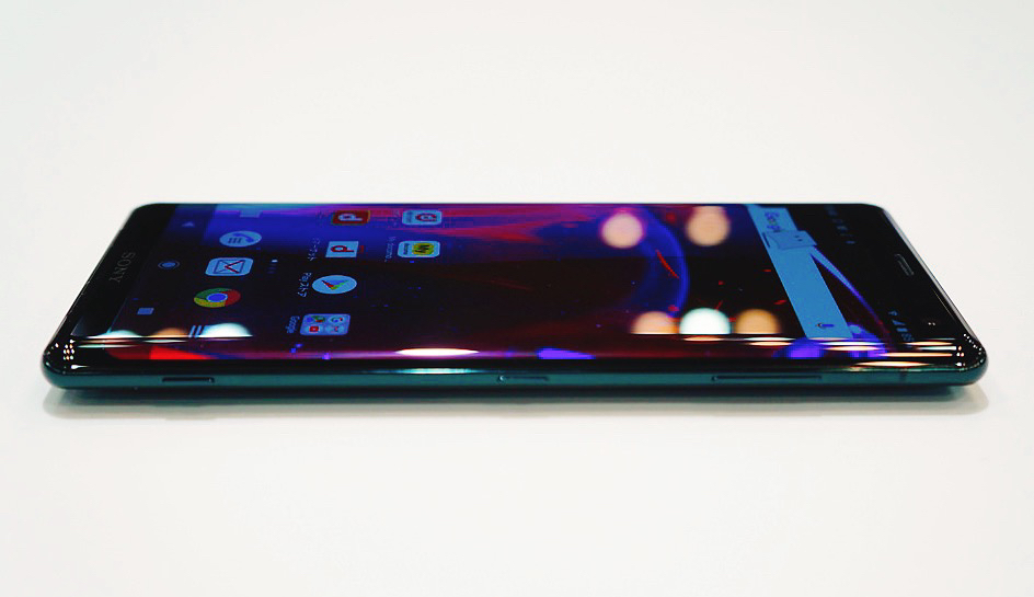 ソフトバンク、Xperia XZ3を11月9日に発売。価格は約12万円に
