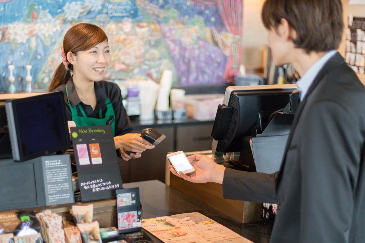 スタバとLINE、デジタル決済で提携。2019年に「LINE Pay」対応か