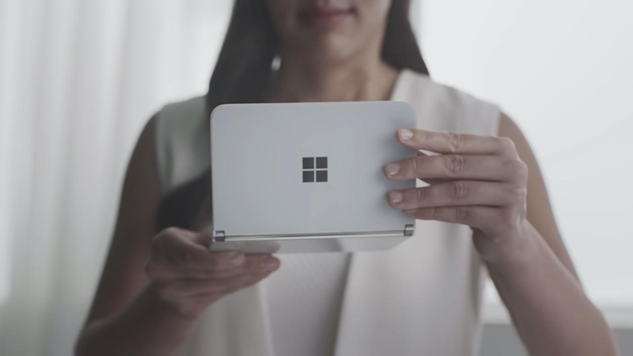 2画面スマホ「Surface Duo」のスペック流出。価格はプレミアムクラス?