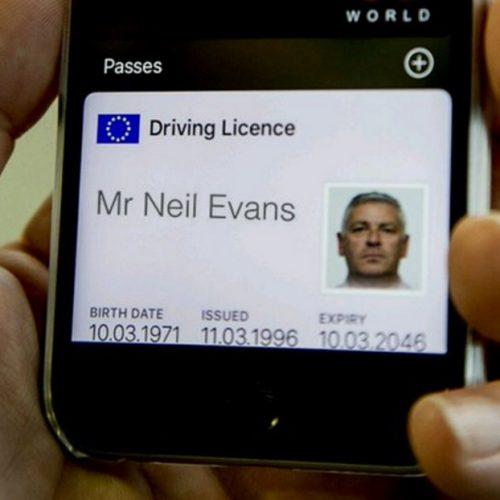 免許証をiPhoneで携帯、イギリス運転免許庁がプロトタイプを公開