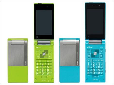 AQUOSケータイ W61SHに新色が追加。